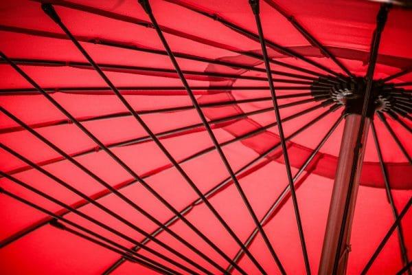 איך מייצרים חשמל ממטרייה הפוכה?